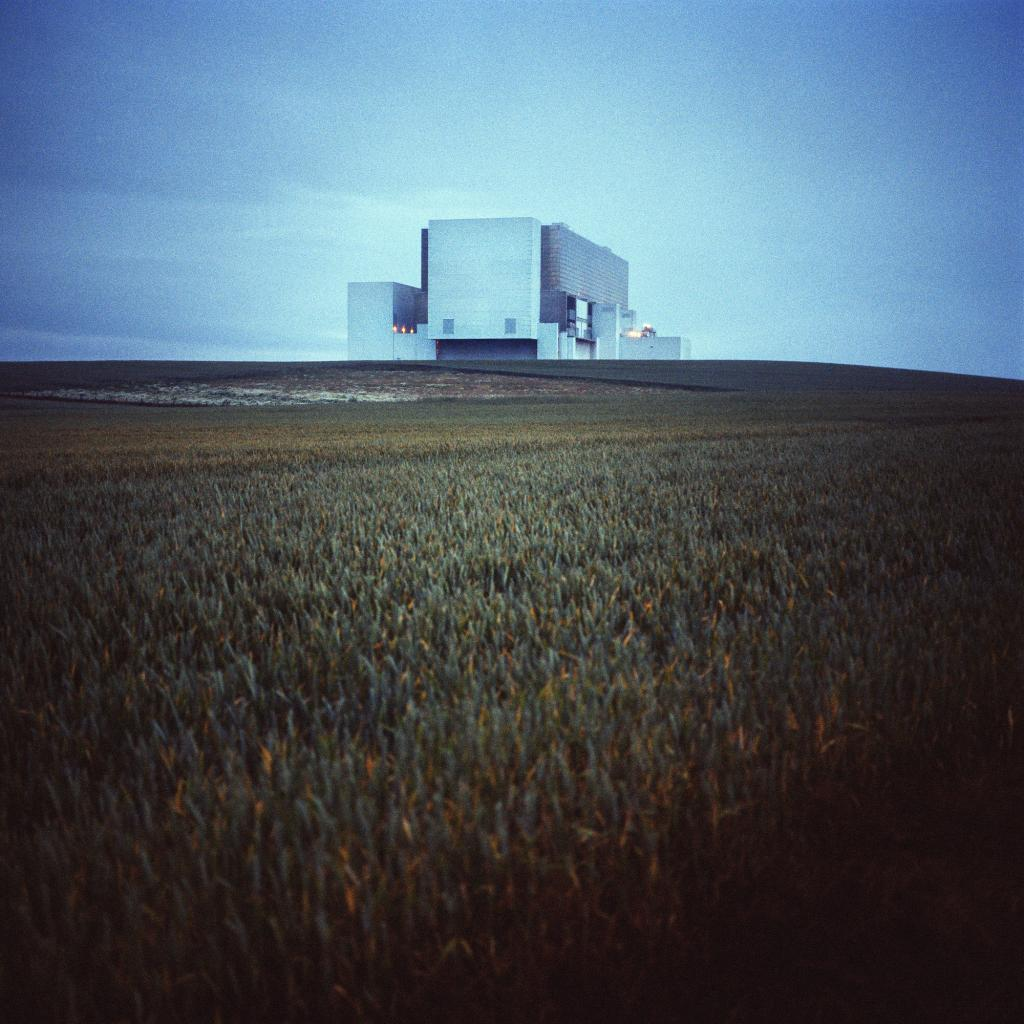 torness-united-kingdom-sarjasta-euroopan-kauneimmat-ydinvoimalat-from-the-series-the-most-beautiful-nuclear-power-plants-in-europe